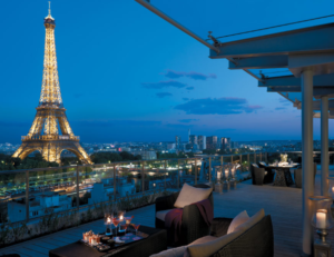 Ideas For Romantic Getaways In Paris